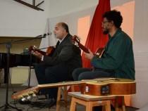 Noite de apresentações musicais no conservatório