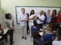 Governo promove mais de 22 mil professores do magistério público estadual