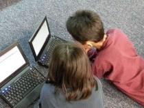 """""""Homem Pateta"""": pais desconhecem o que filhos fazem na internet"""