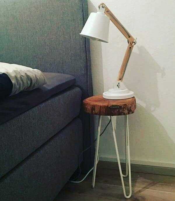 Beistelltisch, Nachttisch aus Holz