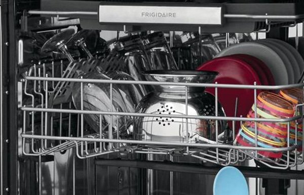 how to load a frigidaire dishwasher d