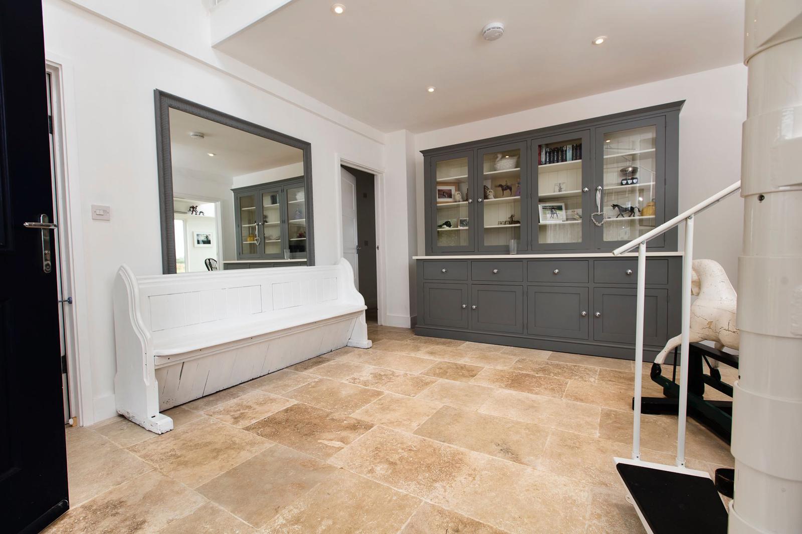 ionian antiqued travertine floor tile dt stone tile shop in fordingbridge