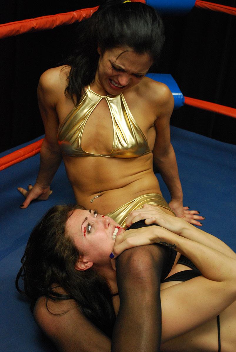 Nude Mixed Wrestling Erection-9707