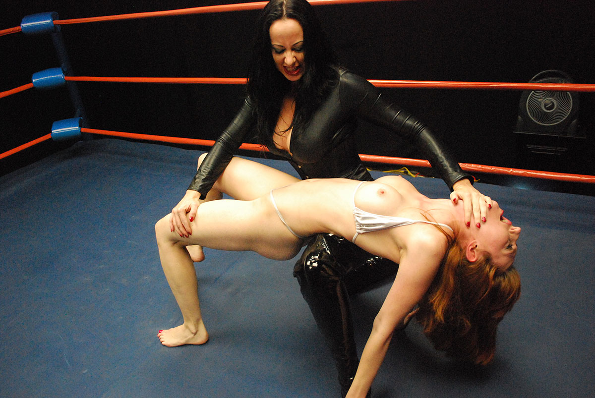 Naked women female wrestling