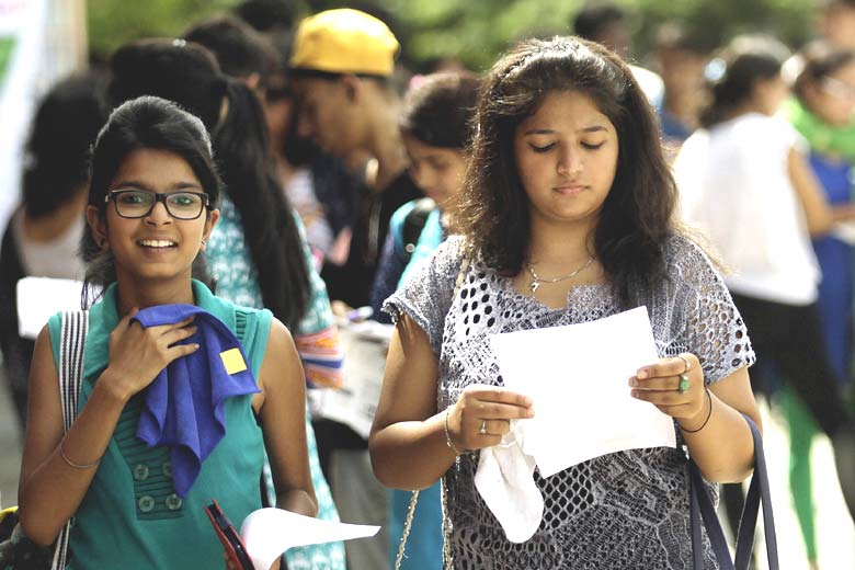 du 5th cut off list 2016, delhi university fifth cut off 2016