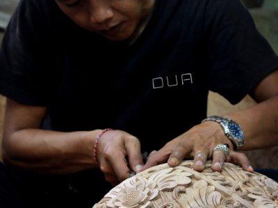 DUA Balinese Carving