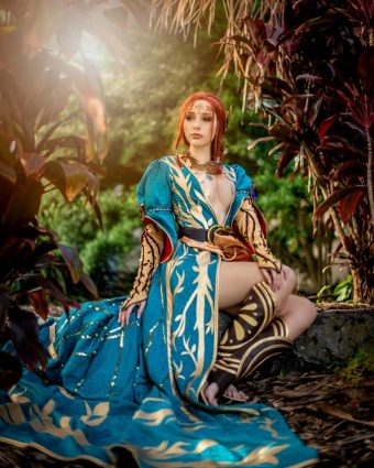 The Witcher 3 Cosplay Captures the Magic of Triss Merigold