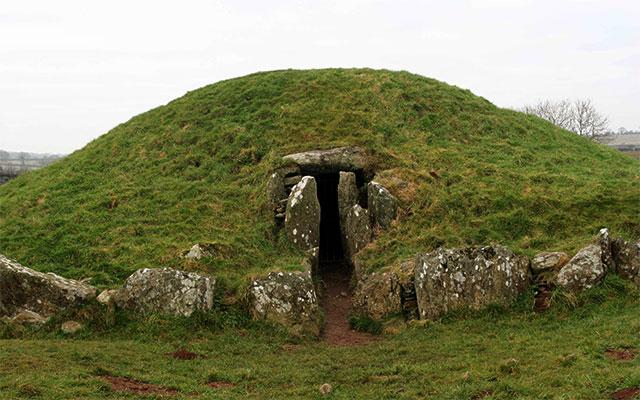 Un túmulo en Irlanda.