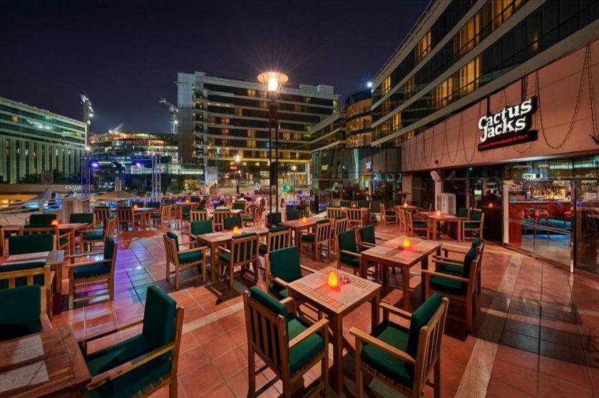 كاكتوس جاكس في فندق ميلينيوم المطار دبي يمدد ساعات عمله