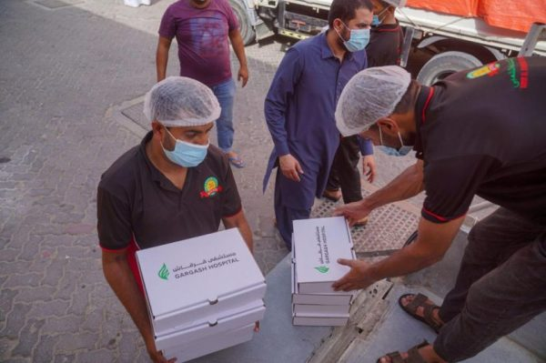 Gargash Hospital contributes with 12,000 meals in Ramadan.