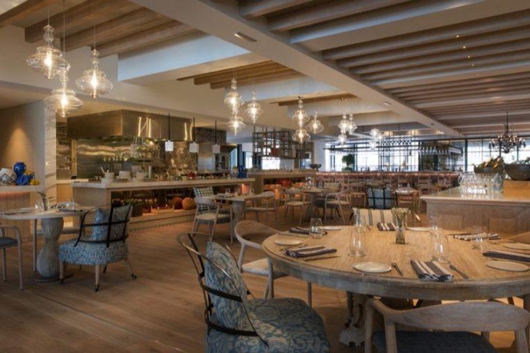 مطعم Bleu Blanc Oysters & Grill يطرح برانش لا بيل في الجديد كلياً
