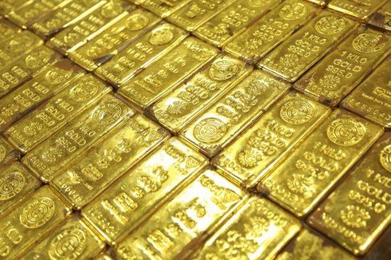 جمارك دبي: 67 مليار درهم تجارة الذهب والألماس عبر الشحن الجوي