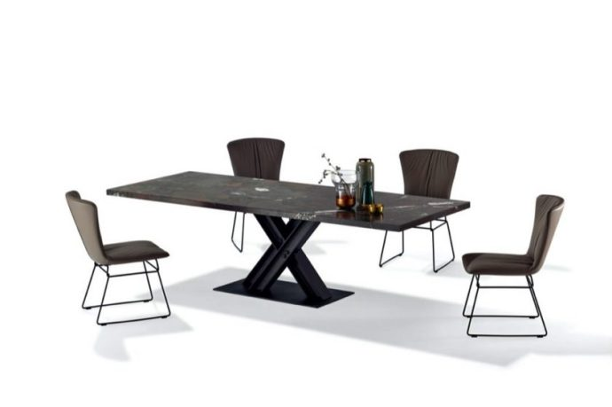 The art of dining with tables handpicked from Draenert
