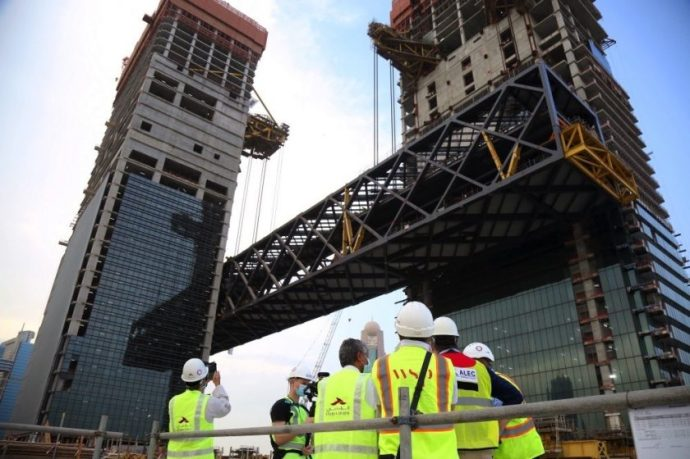 One Za'abeel completes record-breaking cantilever lift