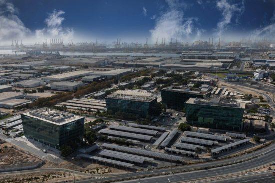 موانئ دبي العالمية وجافزا تستعرضان قدراتهما التجارية