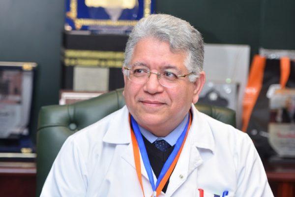 مصر تصنع الدواء الروسي الجديد5 لقاحات لفيرس كورونا بحلول اكتوبر د.جمال شيحه
