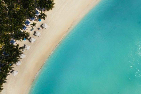 ستّة أسباب للإقامة في منتجع ون آند أونلي ريثي راه في جزر المالديف
