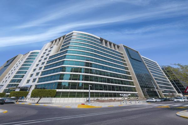 كلية الإمارات للتكنولوجيا تقيم حفل التخرج السنوي غداً الثلاثاء عبر تقنية الاتصال المرئي والمنصات الإلكترونية
