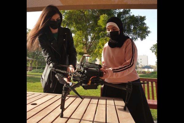 طلبة جامعة أبوظبي يفوزون بمنحة قدمتها شركة الإمارات للألمنيوم