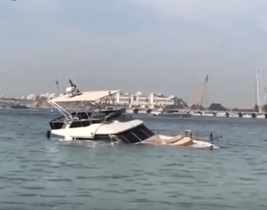 yacht dubai sinking