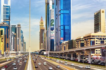 Sheikh Zayed Road is going to be turned into a cycling track