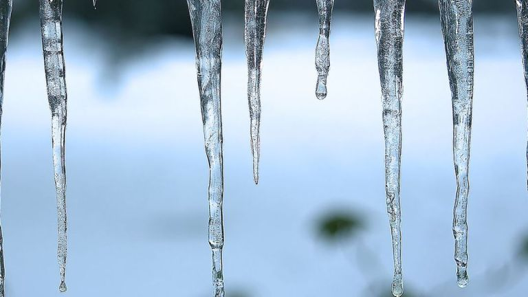 Freezing conditions hit the UAE as temperature drops to -2°C