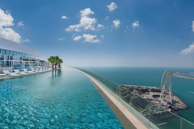 The world's highest infinity pool is now in Dubai and it looks incredible
