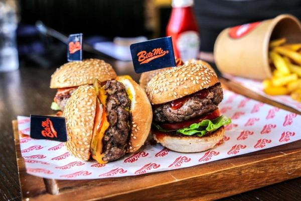 New restaurant in DIFC – Bite Me Burger and Get Plucked NOW OPEN in Gate Avenue