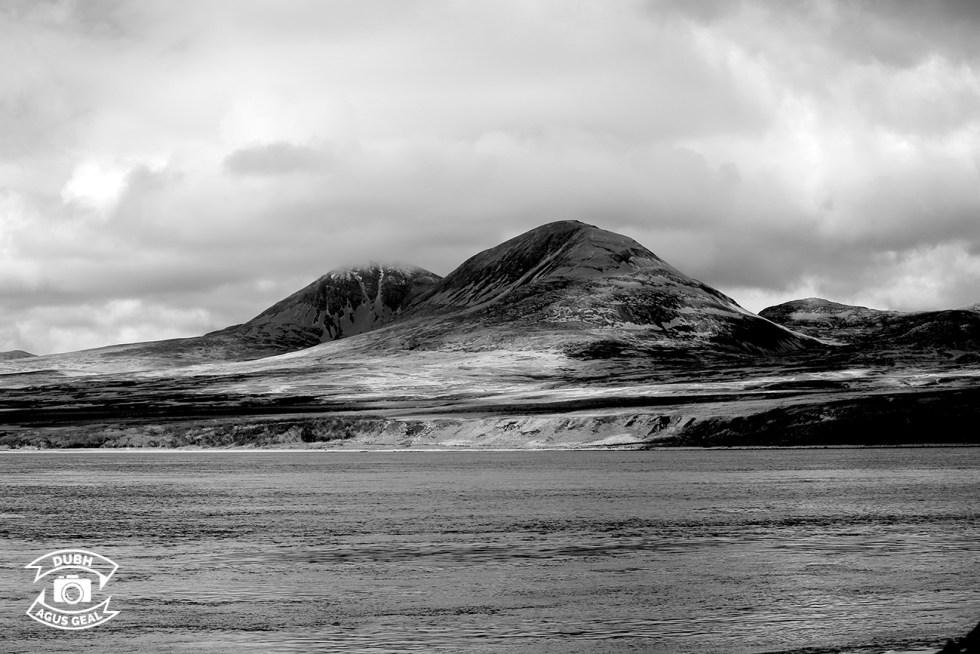 The Paps - Sicht von Port Askaig / Isle of Islay