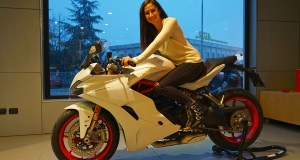 In sella alla SuperSport S