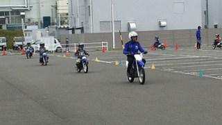 ヤマハ親子バイク教室 周回レッスン