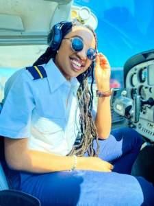 Nigerian American Miracle Izuchukwu: female pilot