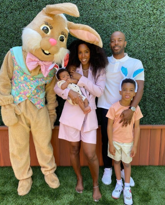 New mom of two Kelly Rowland and family