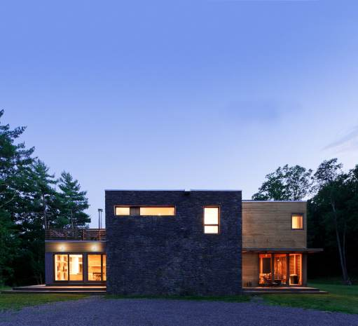 This Catskills residence by Resolution: 4 Architecture is both stunning and efficiently designed.