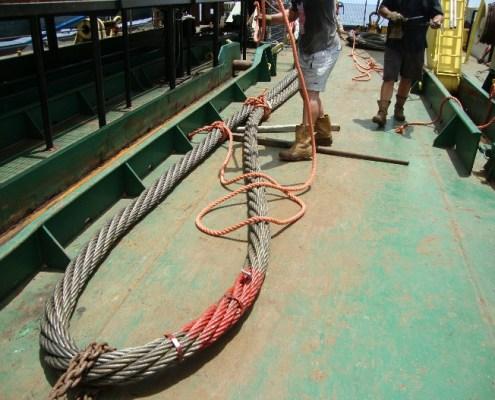 duc-marine-group-wreckremoval-niger-2
