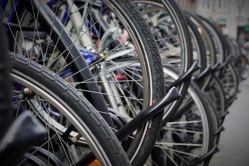 bicycle-tires-1530469_1280