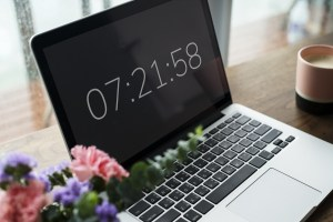 How to Manage Time for Blogging?