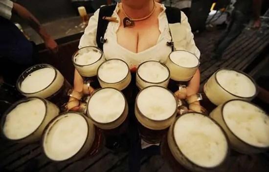 Dronken Duitsers spreken beter Nederlands