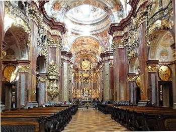 Interieur van de abdijkerk van Melk © Foto Effi Schweitzer