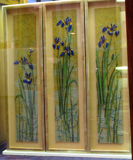 wood-iris
