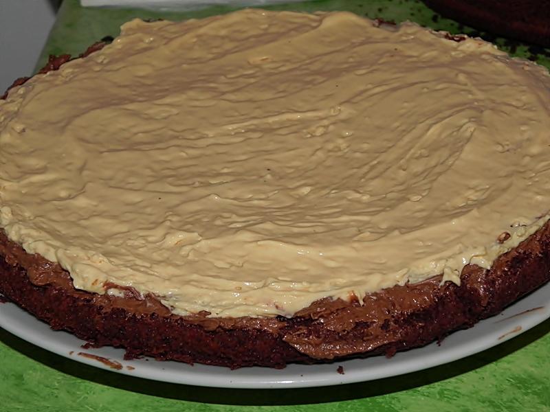 Tort de ciocolata cu dulce de leche
