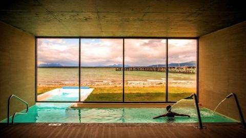 Bể bơi khách sạn Singular, Patagonia, Chile