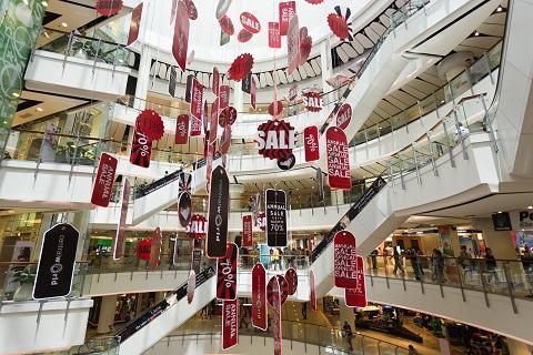 Chương-trình-sale-cuối-năm-ở-Central-World-Bangkok