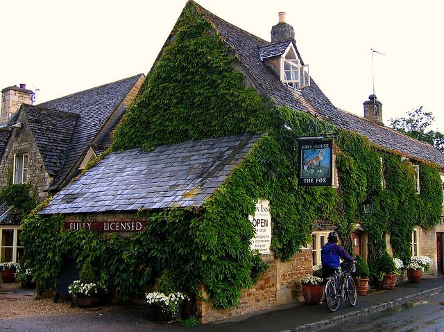 The Fox Inn in Lower Oddington in the Cotswolds