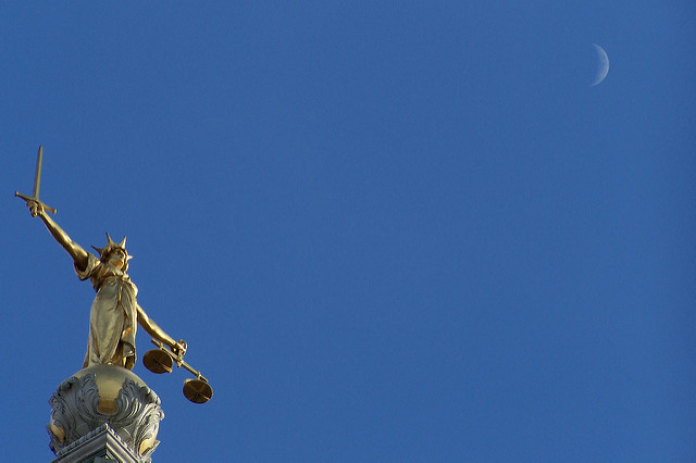 How To Keep Your Business On The Right Side Of The Law