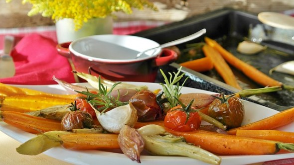 Simple Tips To Save Money Faster - Roasted Vegetables - Image By Romi
