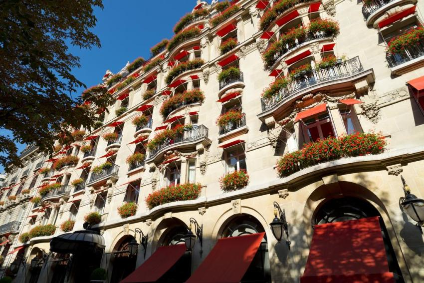 The 5 Most Insanely Luxurious Hotels in the World - Hôtel Plaza Athénée, Paris