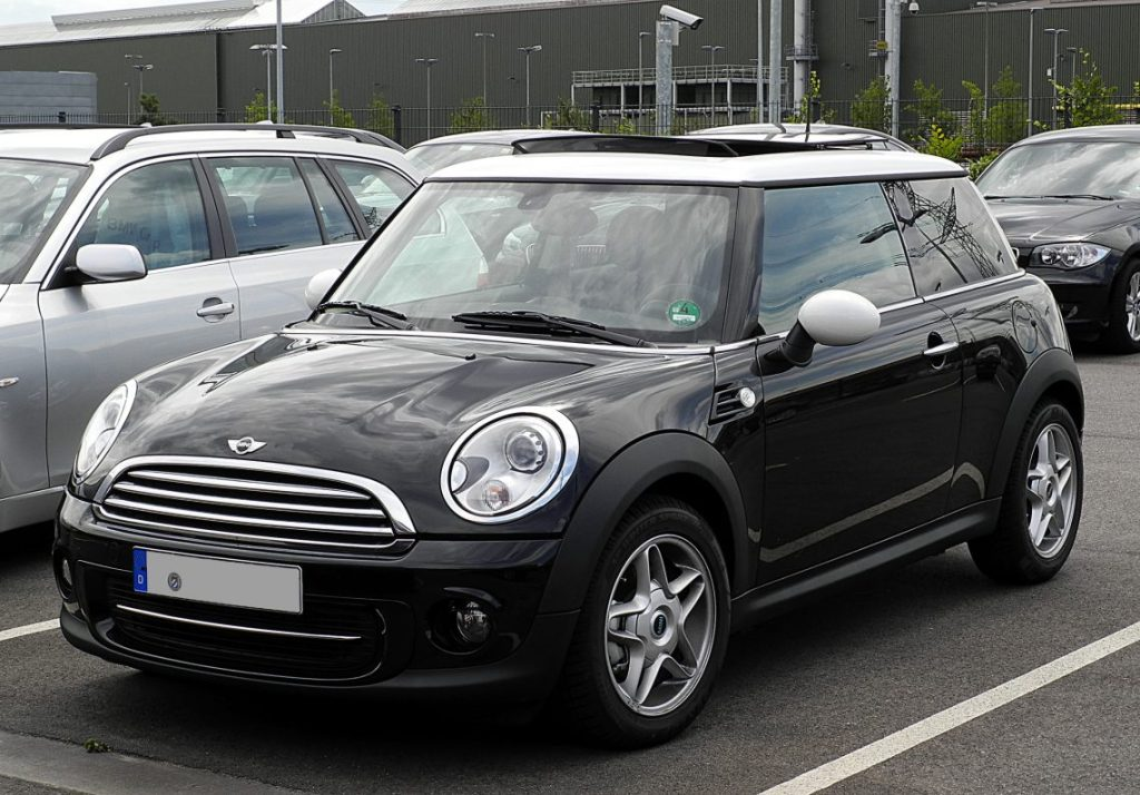 Budgeting for Your First Car - Mini Cooper -Image Via wikimedia.org