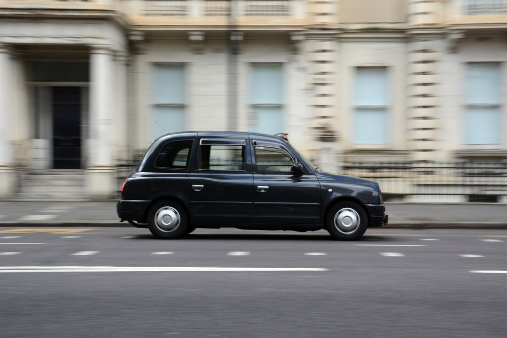 Top Tips On Saving Money On Taxi Insurance