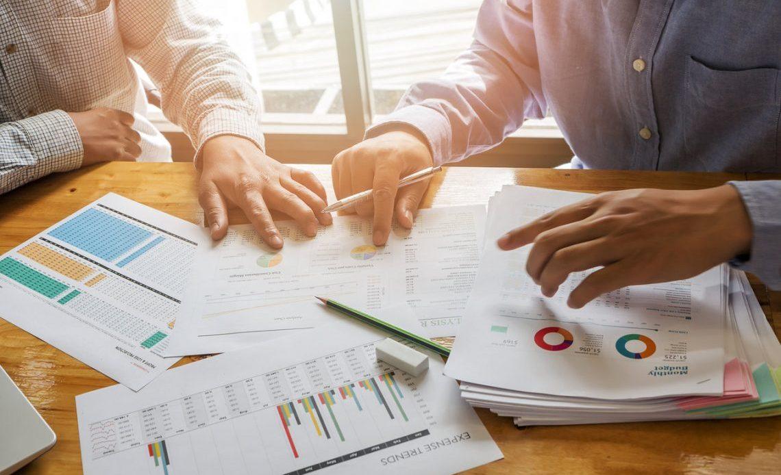 When Should You Seek A Financial Adviser?